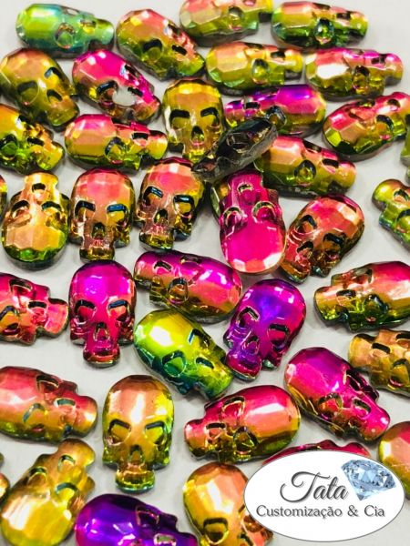 Skull Raibow Multicolor 6mm 30pcs